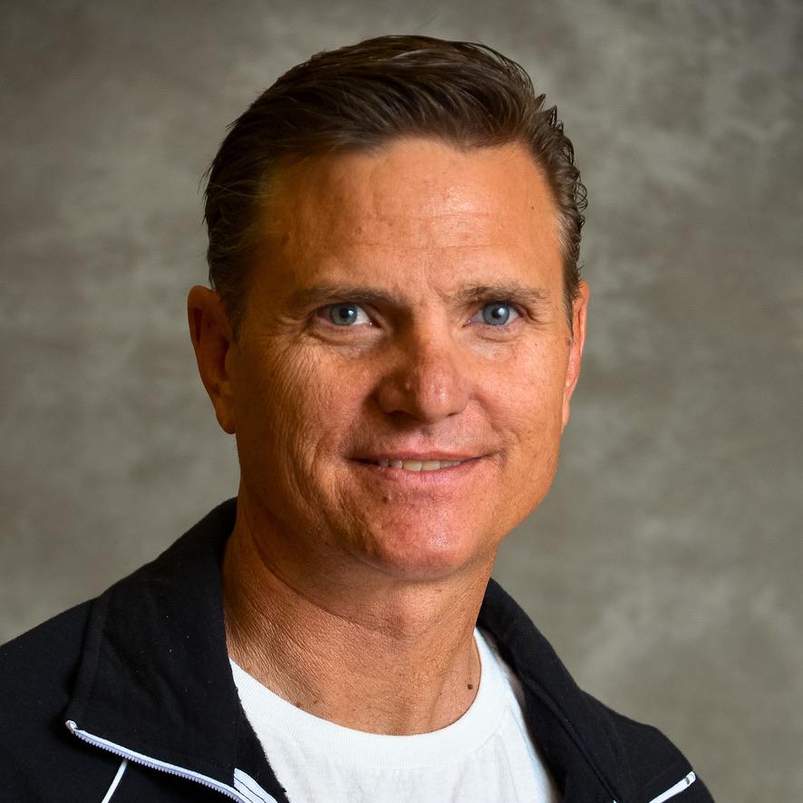 Dennis Poper